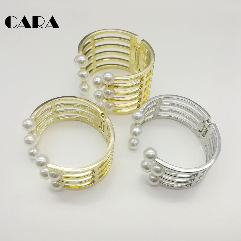 Cara Kaila imitation pearl opening Bracelet female Bracelet temperament celebrity hollow metal wide brim Bracelet accessories