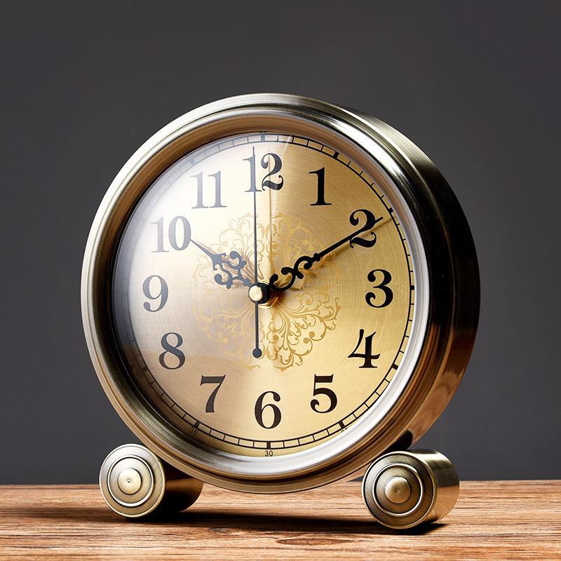 Настольные часы Артикул 569964799577