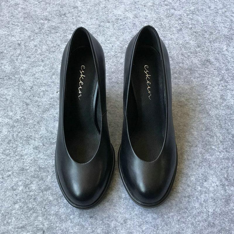 舒适软皮单鞋职业空姐鞋女黑色工作鞋圆头粗跟高跟鞋大码胖脚宽肥