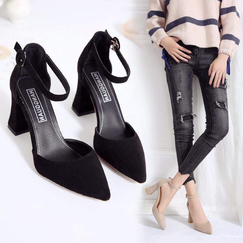 2021春季新款一字扣带尖头高跟鞋粗跟凉鞋女包头中空绒面韩版单鞋
