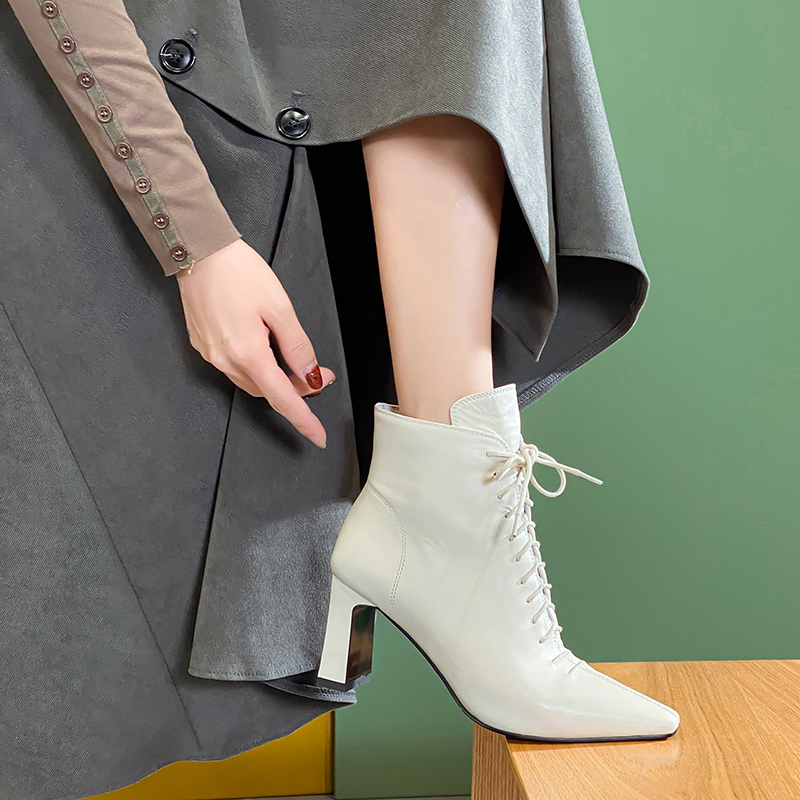 Spring and autumn 2020 new thick heeled high heels womens black front lace up leather pointed fashion side zipper boots womens shoes