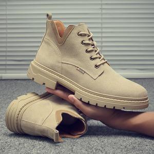 马丁靴男秋季英伦风高帮鞋子潮流雪地短靴沙漠皮靴百搭工装靴子男