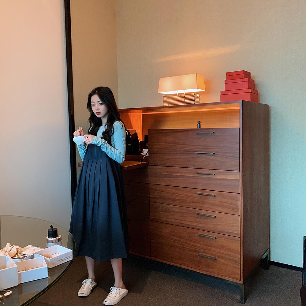 热销518件手慢无ANLI STYLE 2019新款纯色百褶背带宽松百褶中长款连衣裙纯色显瘦