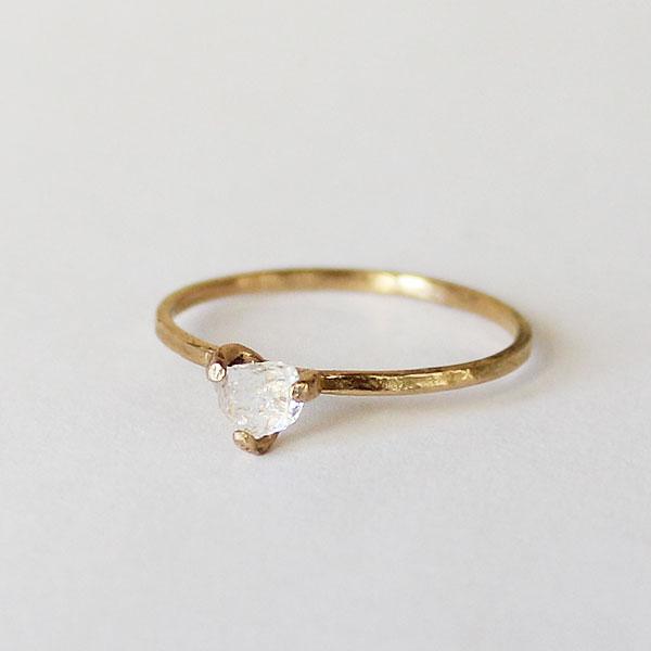 18k金戒指 女 细圈纤细尾戒 欧美设计白水晶情侣订婚结婚定制戒指