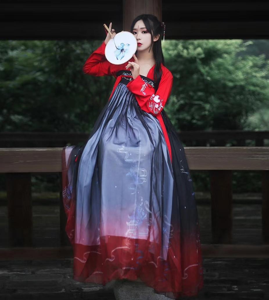 拖尾绣花跳舞袄裙汉服女古装中国风广袖流仙裙舞蹈服长袖对襟粉色