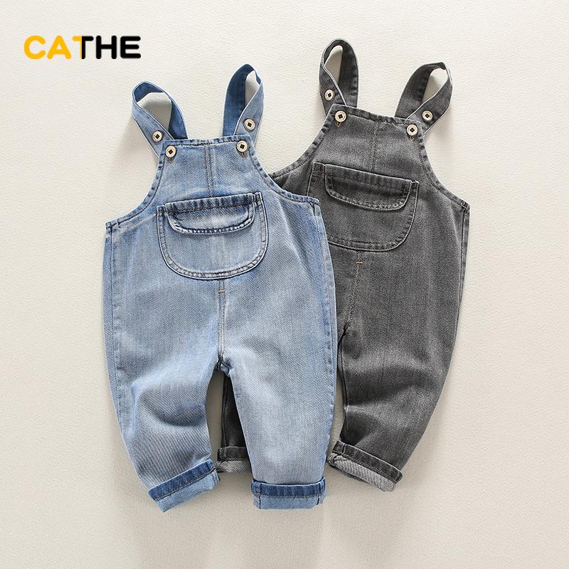 婴儿牛仔背带裤0-1岁薄款纯棉春装男宝宝可开裆长裤小童大PP裤子