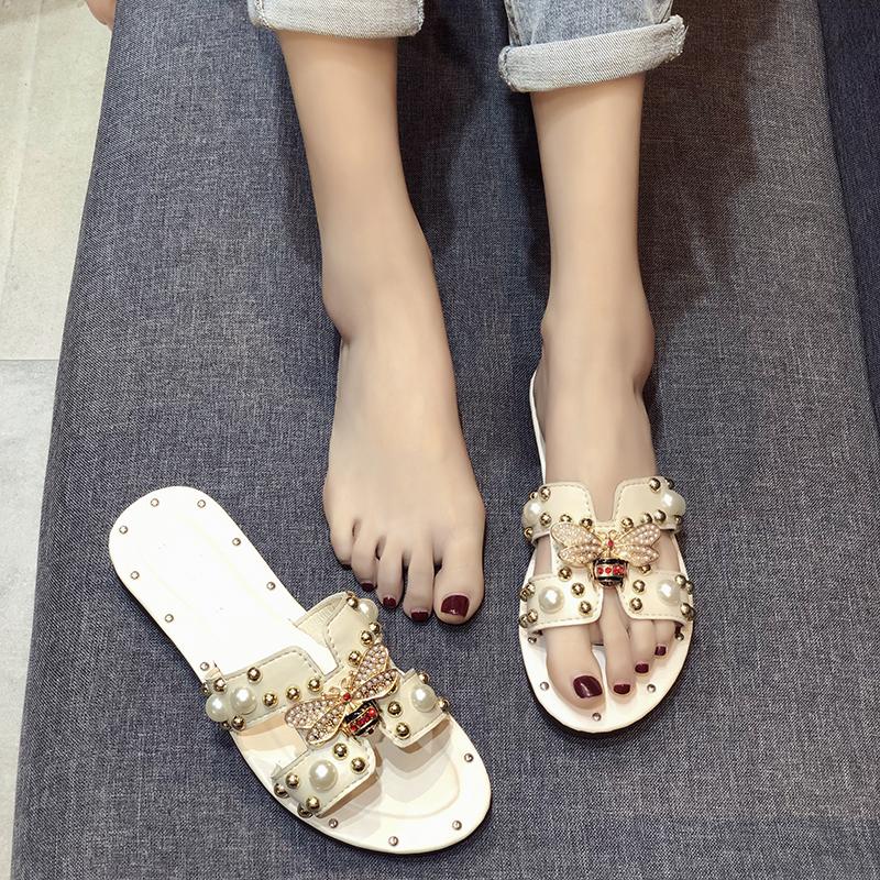 韩版2019夏新款时尚外穿h拖鞋女柳钉珠港风平底一字拖沙滩凉拖女