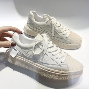2018欧洲站新款贝壳头牛皮系带平底跑步鞋学生松糕小白鞋板鞋