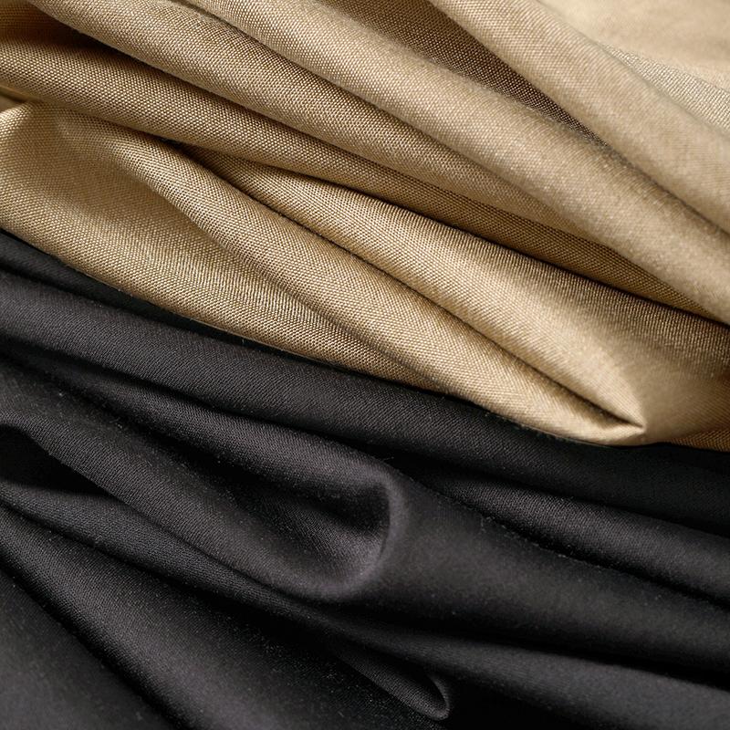 戎美【QZ0625092】优渥知性 追求简约线条美感 A型高腰显瘦半身裙