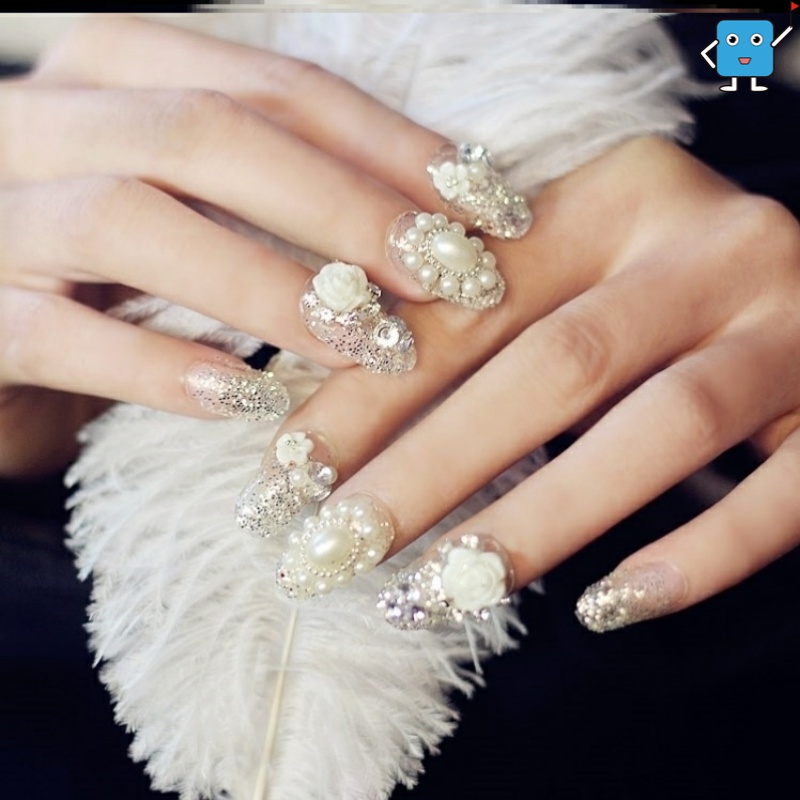 24 PIECE manicure patch fake nail bride wearing removable nail piece finished social nail stick set