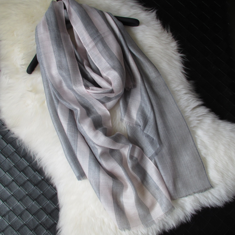 Cashmere fine twill yarn dyed pink stripe cashmere scarf cashmere air conditioning womens shawl low price