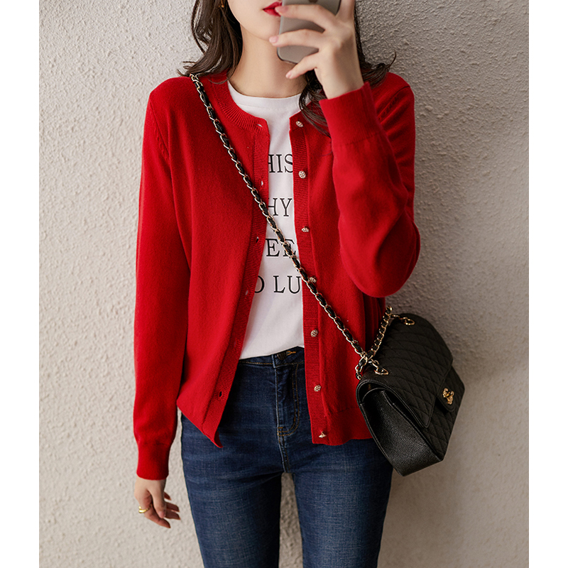 Xiao Han Ge い wool cashmere warm autumn and winter long-sleeved knitted cardigan women's wild sweater ZWI360776AG