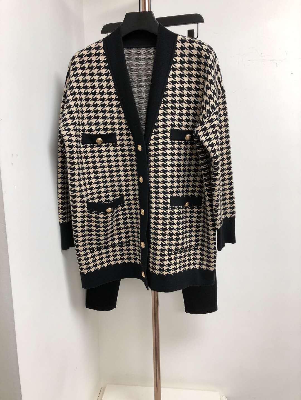 Original OEM V-neck patched trilobite metal button pocket wide knitted cardigan coat