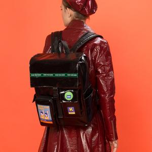 KIITOS原创2019新款双肩包防水帆布方型电脑包大容量潮酷学生书包