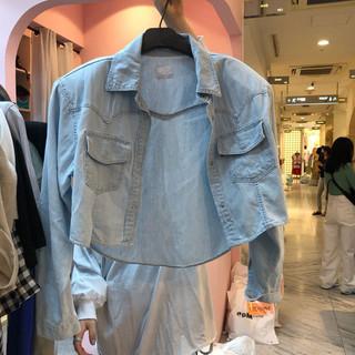 韩国东大门女装2020秋季新款短款修身牛仔衬衫女薄款休闲外搭上衣