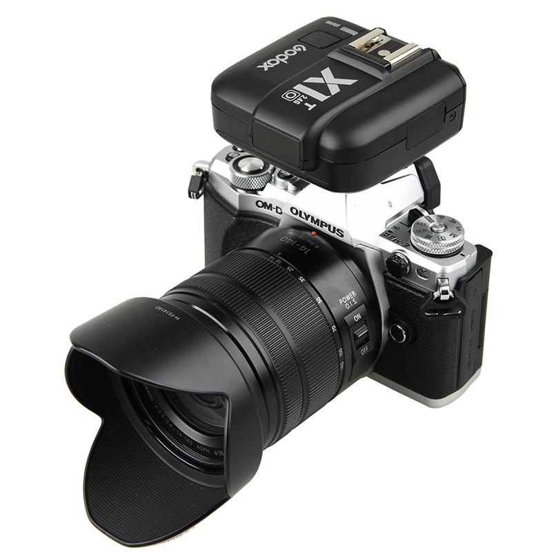 神牛X1引闪器 X1T-O奥林巴斯松下微单相机热靴闪光灯离机触发器机顶配件 x1t发射器V850II/V860II/TT350/V350