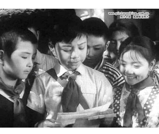 1975年黑白故事影片《阿勇》经典回顾老电影VCD2张