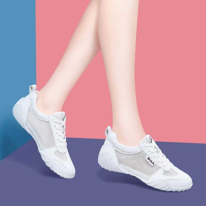 Womens shoes 2020 new spring and summer sports shoes breathable foot mesh sandals womens bag head hollow flat bottomed hole shoes