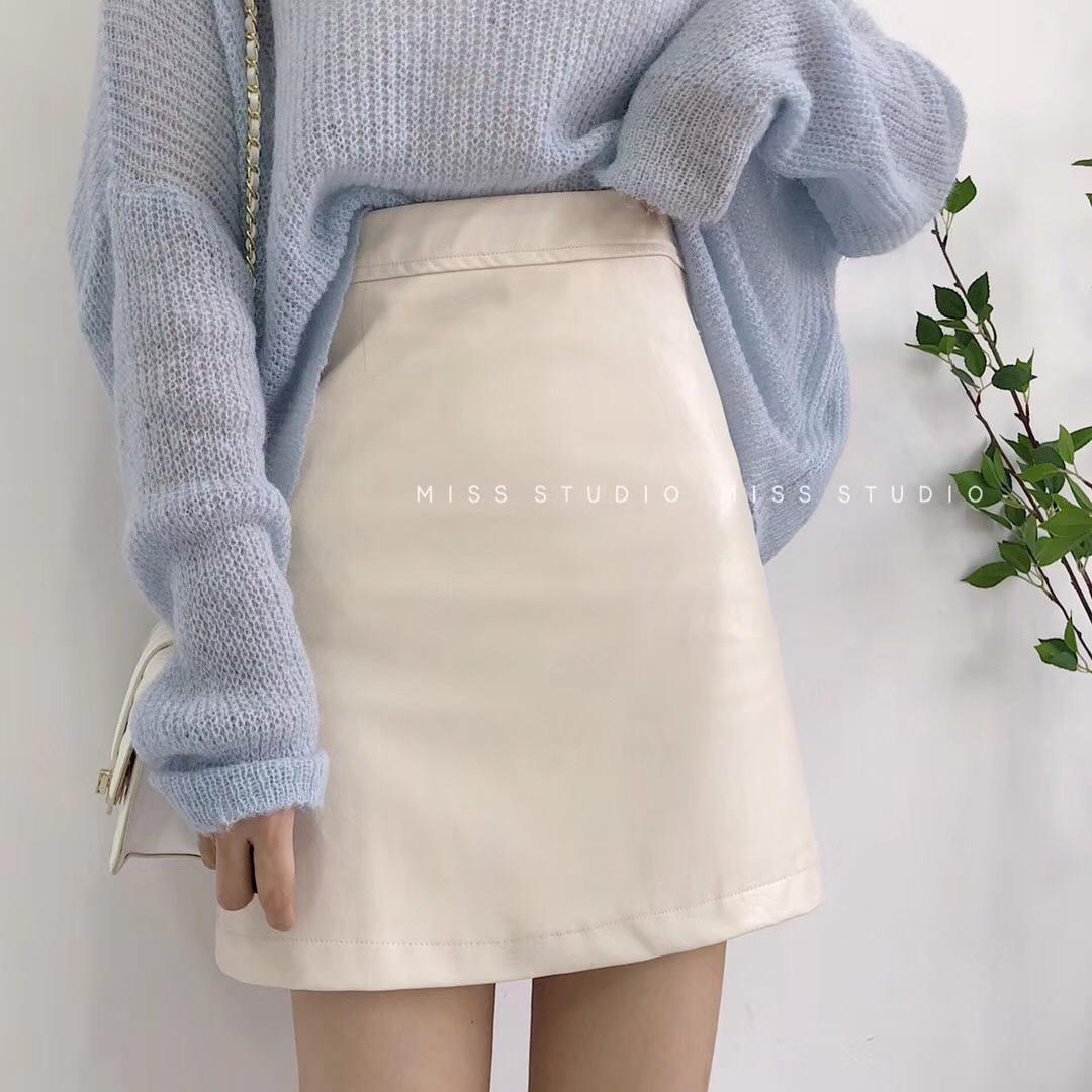 小皮裙半身裙女2020新款气质春秋百搭高腰显瘦a字裙白色PU皮短裙