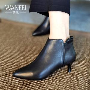莞妃 黑色短靴棉鞋女冬加绒工作鞋女舒适软皮中跟真皮小细跟皮鞋