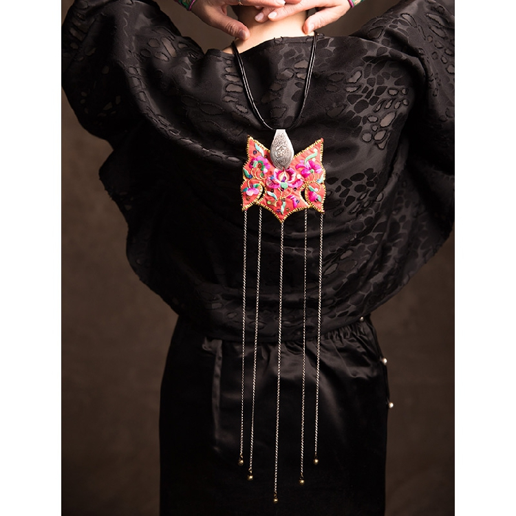 Original design pure handmade embroidery Long Necklace Pendant sweater chain personality creative pendant national jewelry
