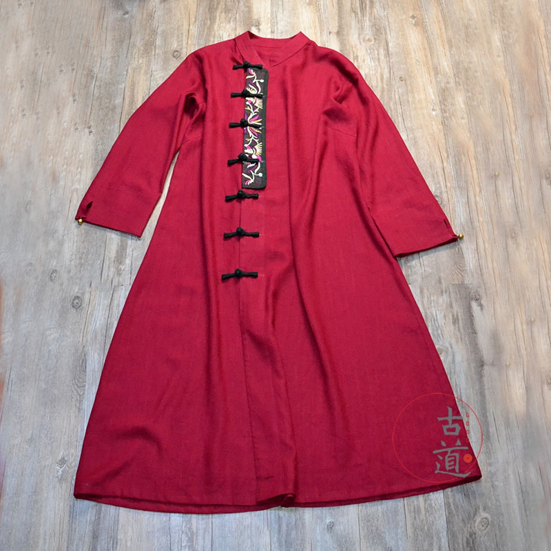 Original pure manual embroidery, embroidered robe and one-piece skirt, Yang Lipings Retro ethnic womens dress
