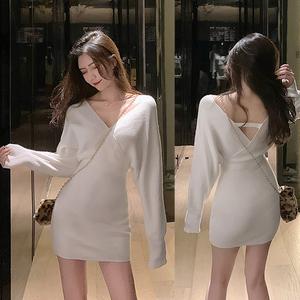 YF12568# 女装秋冬V领蝙蝠袖包臀显瘦打底针织毛衣连衣裙 服装批发女装直播货源