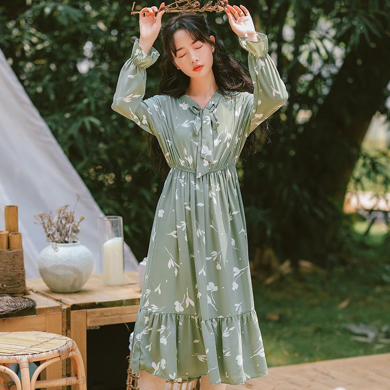 10月15日最新优惠早秋新款女装2019很仙的法国小众桔梗裙显瘦小清新碎花雪纺连衣裙