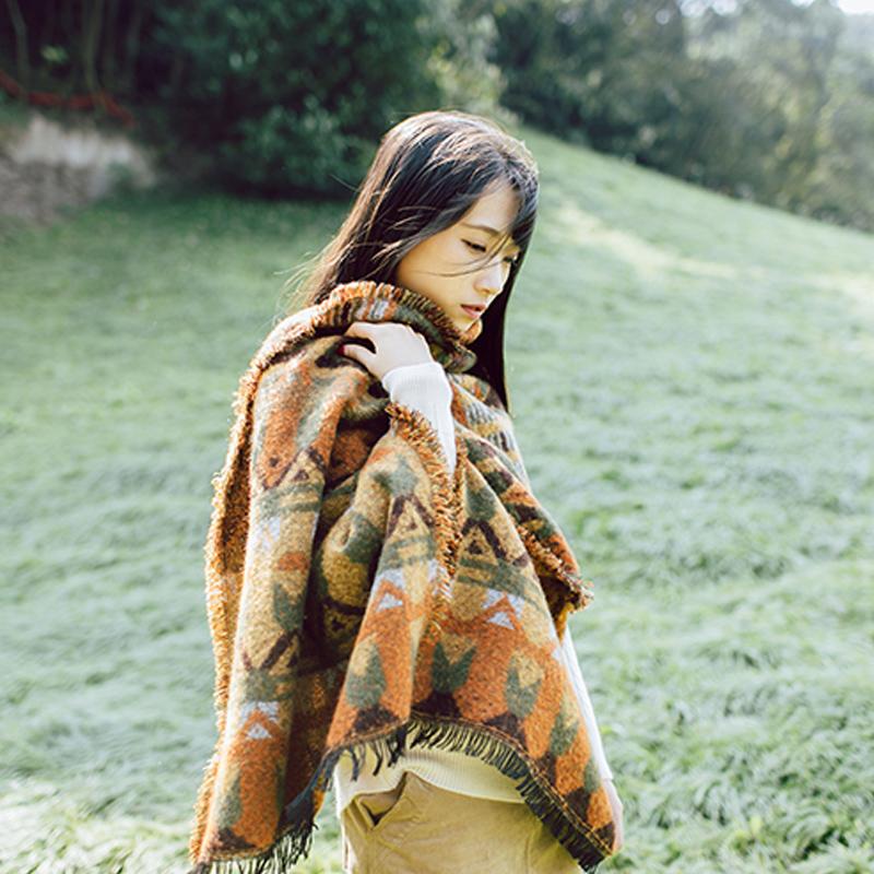 文艺复古加厚秋冬围巾民族风披肩披风斗篷流苏两用超大毛绒针织女