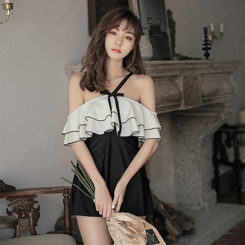 Swimsuit womens ins sexy one-piece dress covering the belly and showing thin conservative student 2019 new hot spring large swimsuit