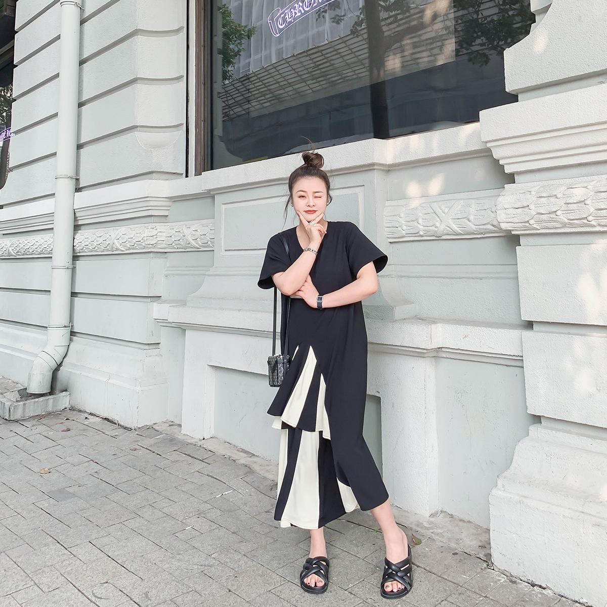 179.00元包邮晶咕家连衣裙2019新款夏季宽松气质女神范长裙时尚设计感裙子显瘦