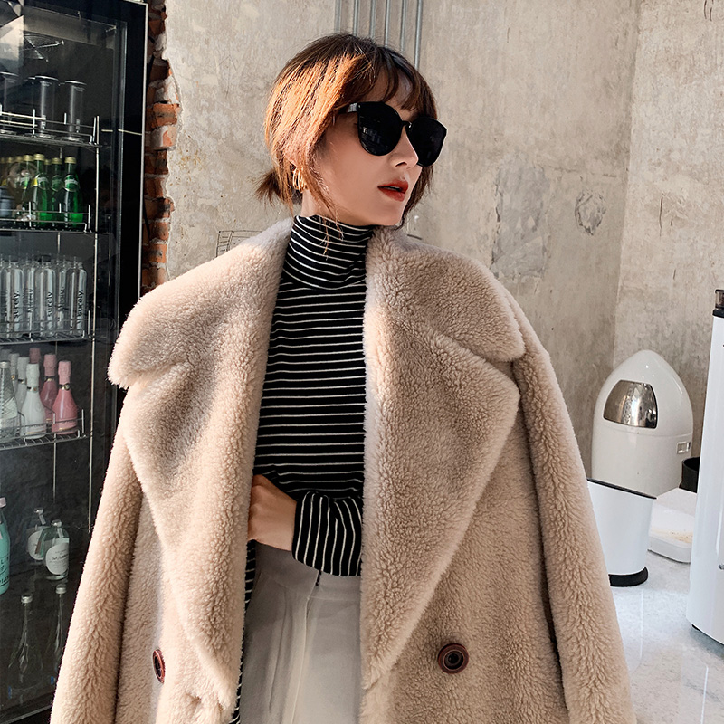 Granulated cashmere coat womens mid long 2020 winter new lamb wool composite fur one fur coat