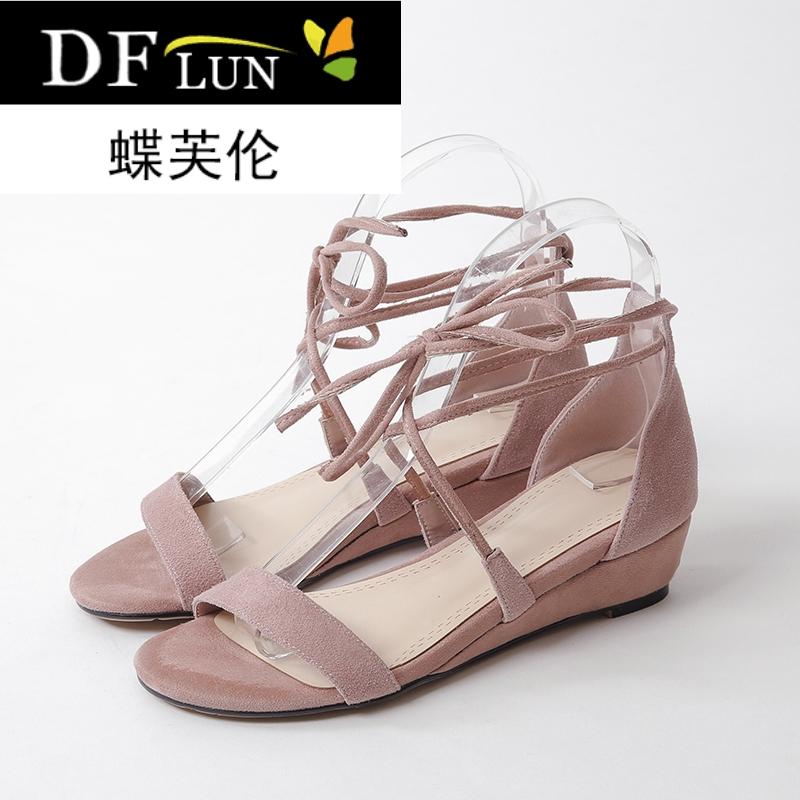 2018夏季新款韩版时尚坡跟鞋子脚环绑带露趾凉鞋女中空女鞋