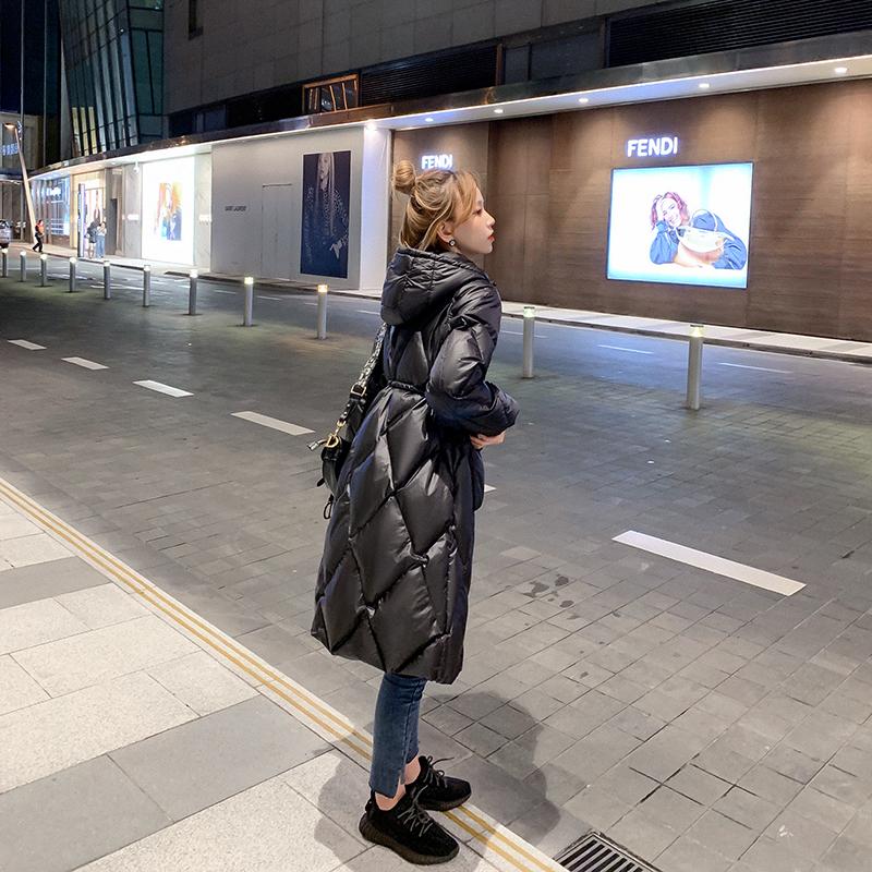 小谷粒菱形格长款羽绒服女2020新款冬季韩版时尚百搭黑色鸭绒外套