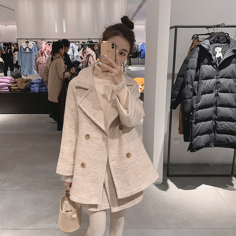 赫本风套装两件套秋冬2018新款休闲西装毛呢外套显瘦A字半身裙女