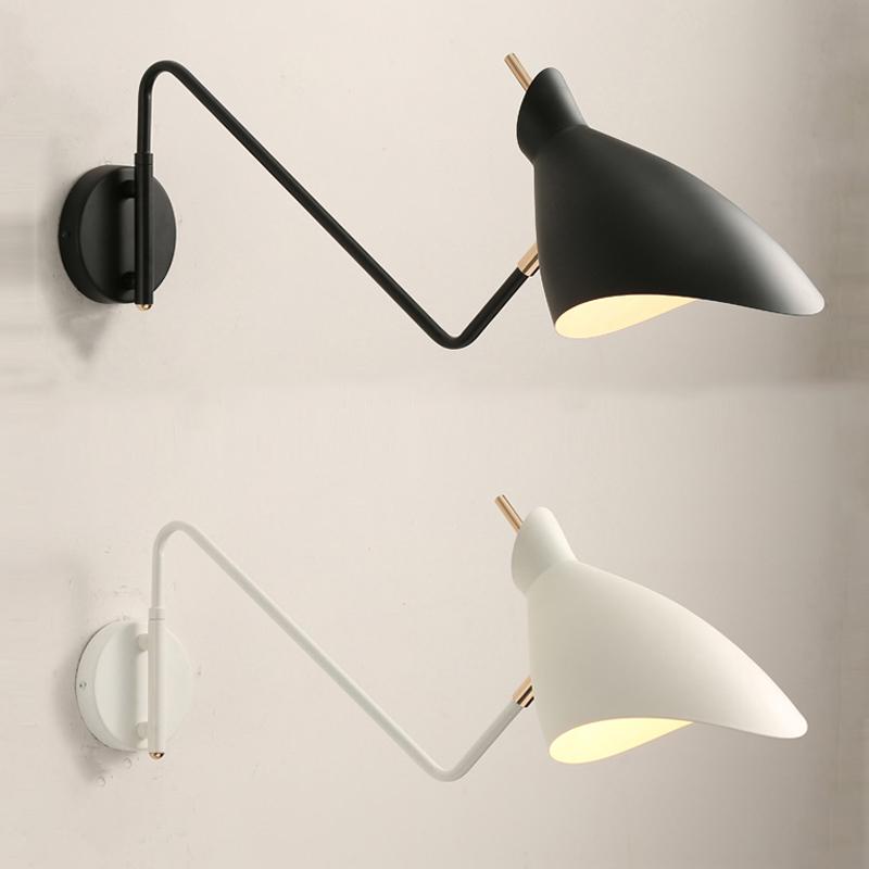 北欧の創意的なアームウォールランプは簡単にリビングレストランの復古デザイナーの個性回転長棒寝室ヘッドランプを予約します。