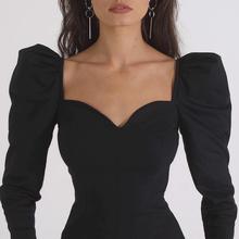欧美气质方领上衣女秋ins宫廷风修身内搭显瘦法式复古黑色长袖t恤