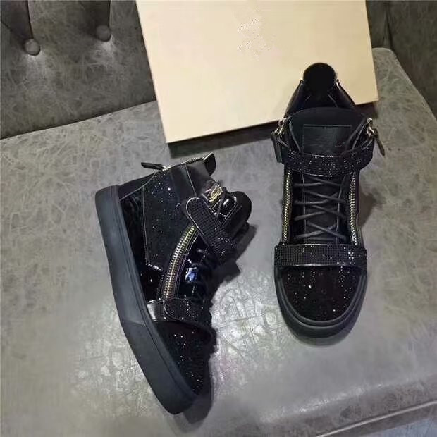 Hong Kong autumn and winter wrgz mens shoes diamond studded metal diamond buckle leather velvet inside high top couples shoes