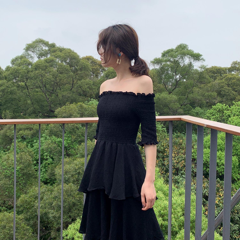 一字肩连衣裙女2019夏季新款网红同款黑天鹅多层次中长款蛋糕裙子