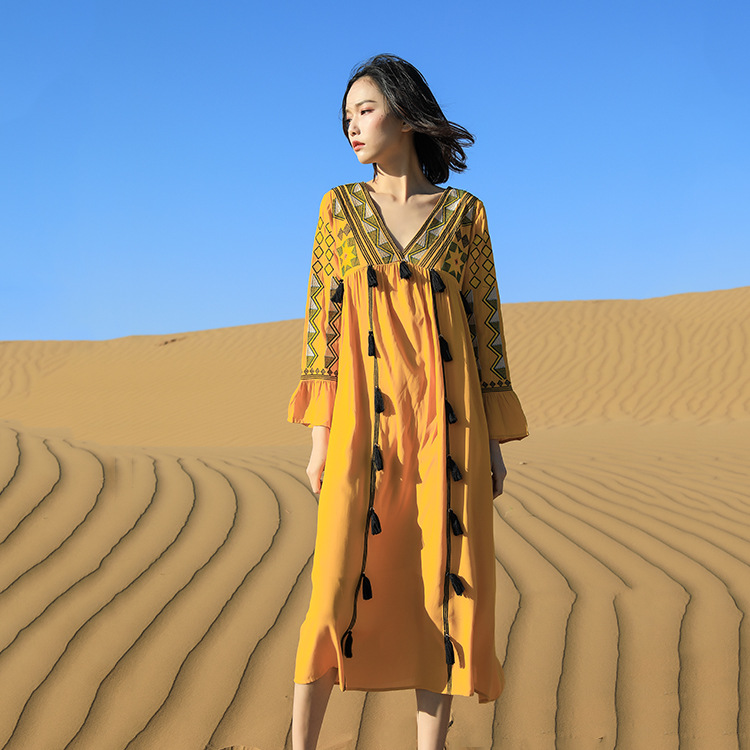 Yunnan Xinjiang Travel clothes Tibet Lhasa Ruoergai grassland wear womens clothes to take photos in the northwest