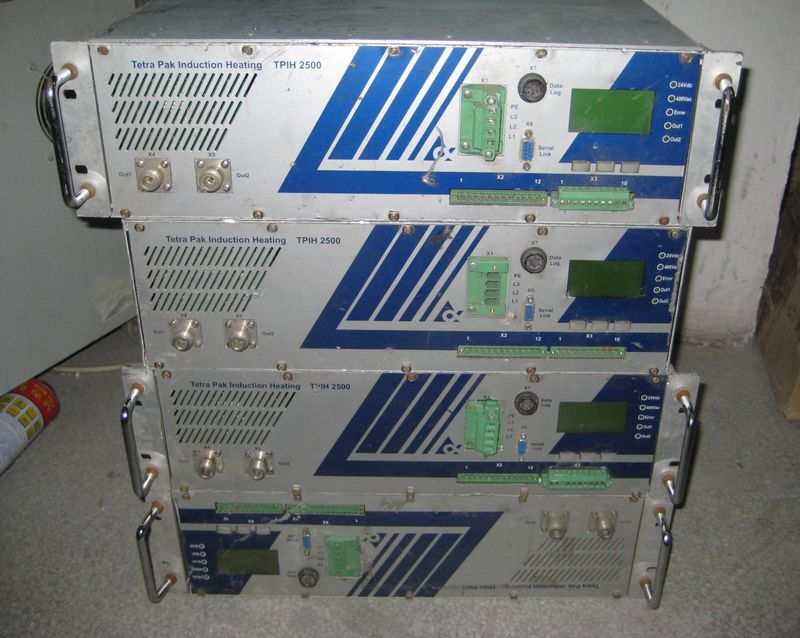 Used Tetra Pak (TPIH 2500 high-frequency generator ) frequency generator  does not test machine packages good or bad