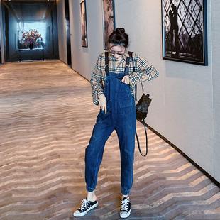 牛仔背带裤女韩版宽松2020秋冬季新款时尚显瘦洋气减龄薄款阔腿裤