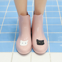 Maiyu fashion outside wearing rain shoes female adult short barrel water shoes velvet Korean rubber shoes cute rain boots anti-slip winter