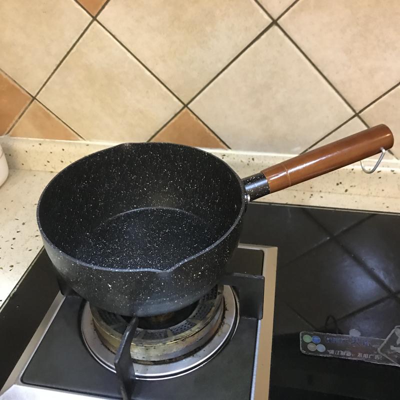 日式麦饭石锅雪平锅不粘锅单柄汤锅奶锅煮泡面锅热奶锅小炒锅电磁图片