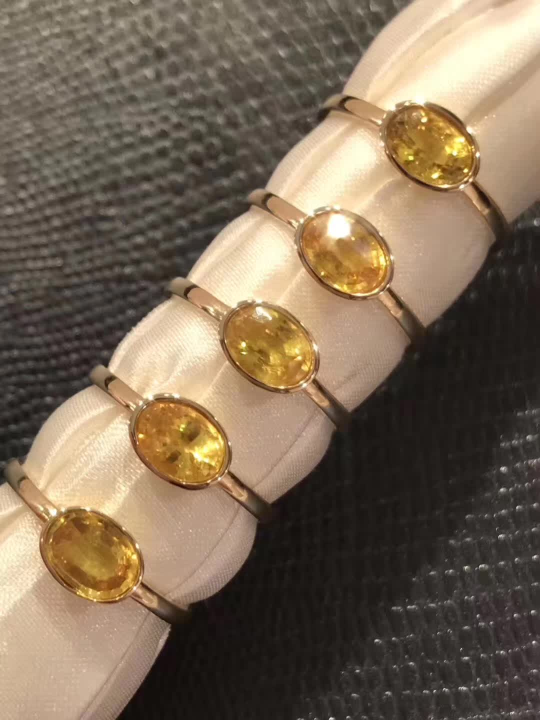 18K gold natural yellow sapphire ring broadcast live at Hong Kong Jewelry Fair