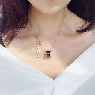 韩版 黑陶瓷项链钛钢小蛮腰红人弹簧吊坠女锁骨链简约玫瑰金毛衣链
