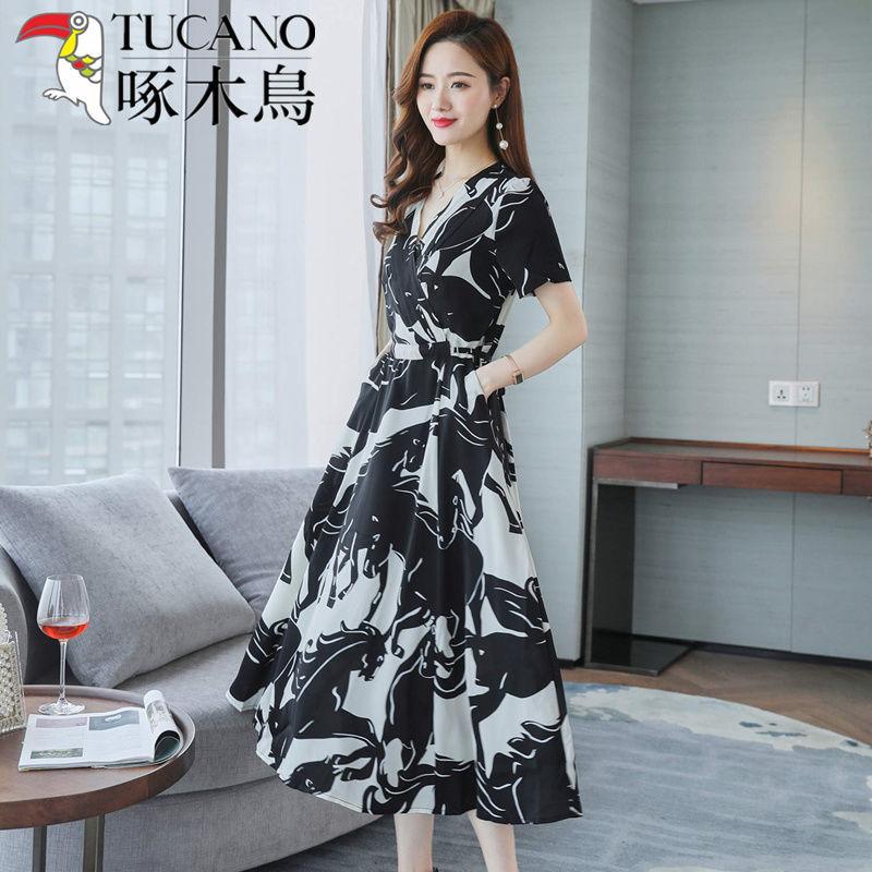 啄木鸟高端女真丝法式连衣裙2021夏季新款V领洋气减龄薄款长裙子