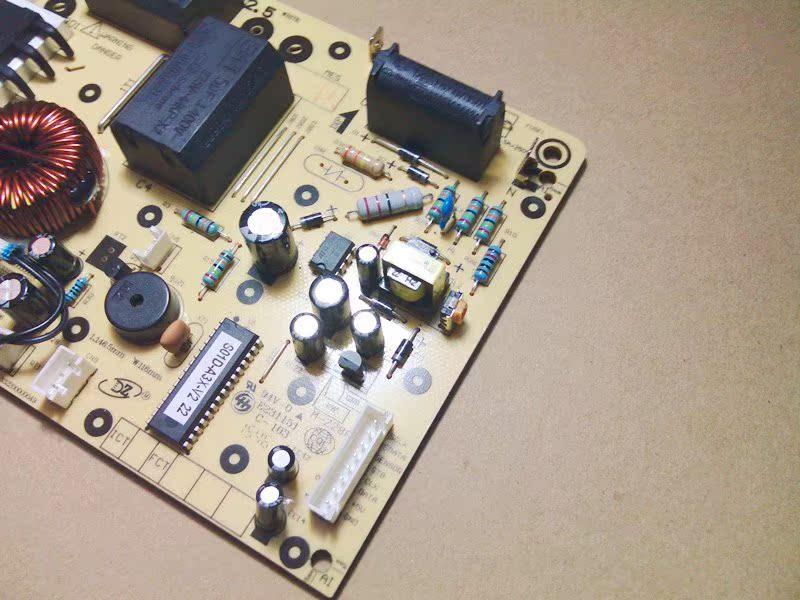 美的电磁炉触摸ST2106/ST2118/SN216D/ST2110 电源线路板 8针主板