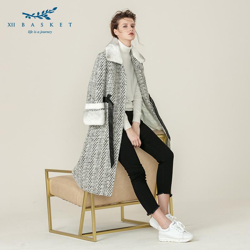 奥莱影儿十二篮18冬新款绵羊皮革夹羽绒人字纹双面呢大衣
