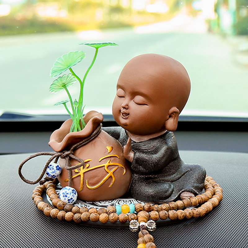创意汽车摆件可爱小和尚佛像保平安高档车内装饰品个性车载配件